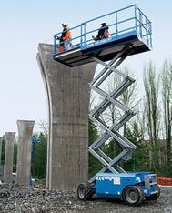 Gelände Scherenbühne 10 m  mieten leihen